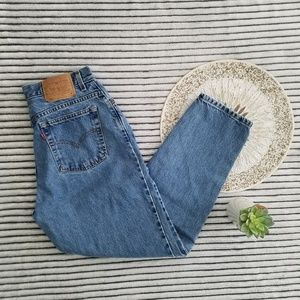 Vintage Levi's 550 High Waisted Tapered Leg 14